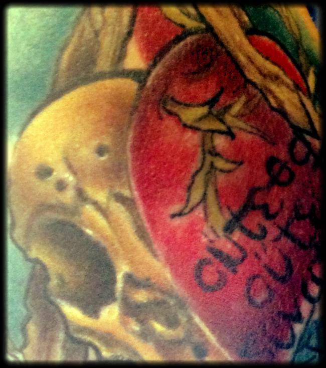 Foto: Für immer und ewig (Von Tattoos und Grabsteinen)
