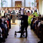 2017 wurden insgesamt vier Fernsehgottesdienste aus dem Aargau über die Kanäle von SRF in die ganze Schweiz ausgestrahlt. So auch die Jodelliturgie aus der Stadtkirche Zofingen. Foto: Mark Wyss